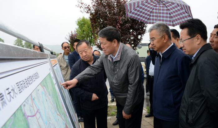 王军市长实地察看甘肃(天水)国际陆港项目规划建设情况(图)