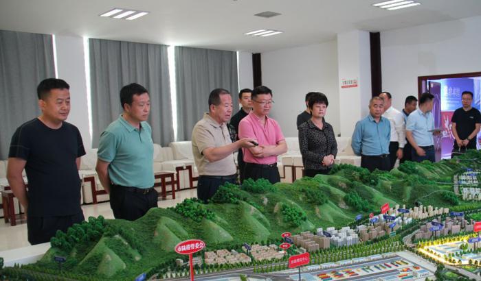 兰州海关政治部主任吴向前调研天水国际陆港